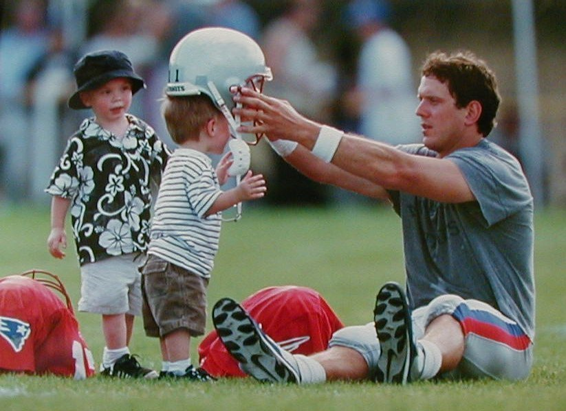 Drew Bledsoe and sons at Training camp